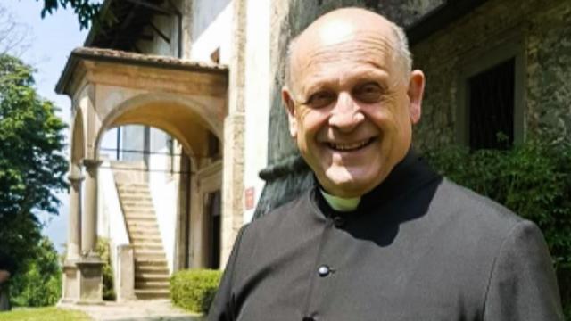 Coronavírus: padre italiano se sacrifica ao dar respirador a paciente mais jovem